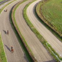 Cabries-drone-sur-piste-entrainement-5
